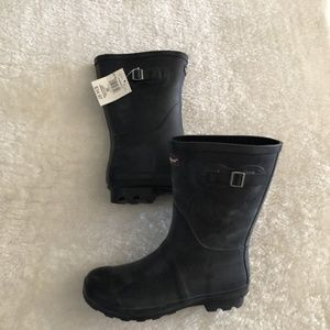$10 ADD ON / NWT Canadiana Rubber Rain Boots